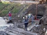 Příprava trasy kanalizace pod řekou_13